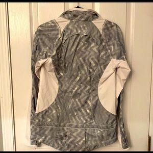 Lululemon thin water repellent Jacket